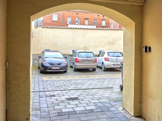 Parking in the back yard, BB-Hotel Vejle